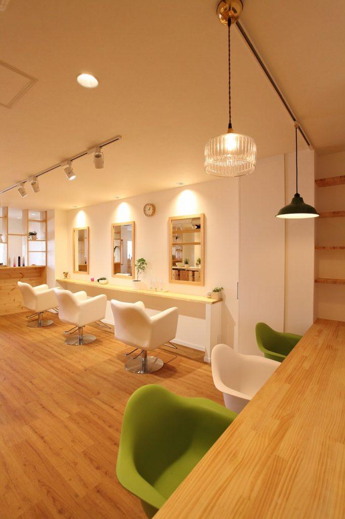 店舗/リノベーション/神奈川県大和市/シンプルで飽きのこないテイストを目指した永く愛せる美容室