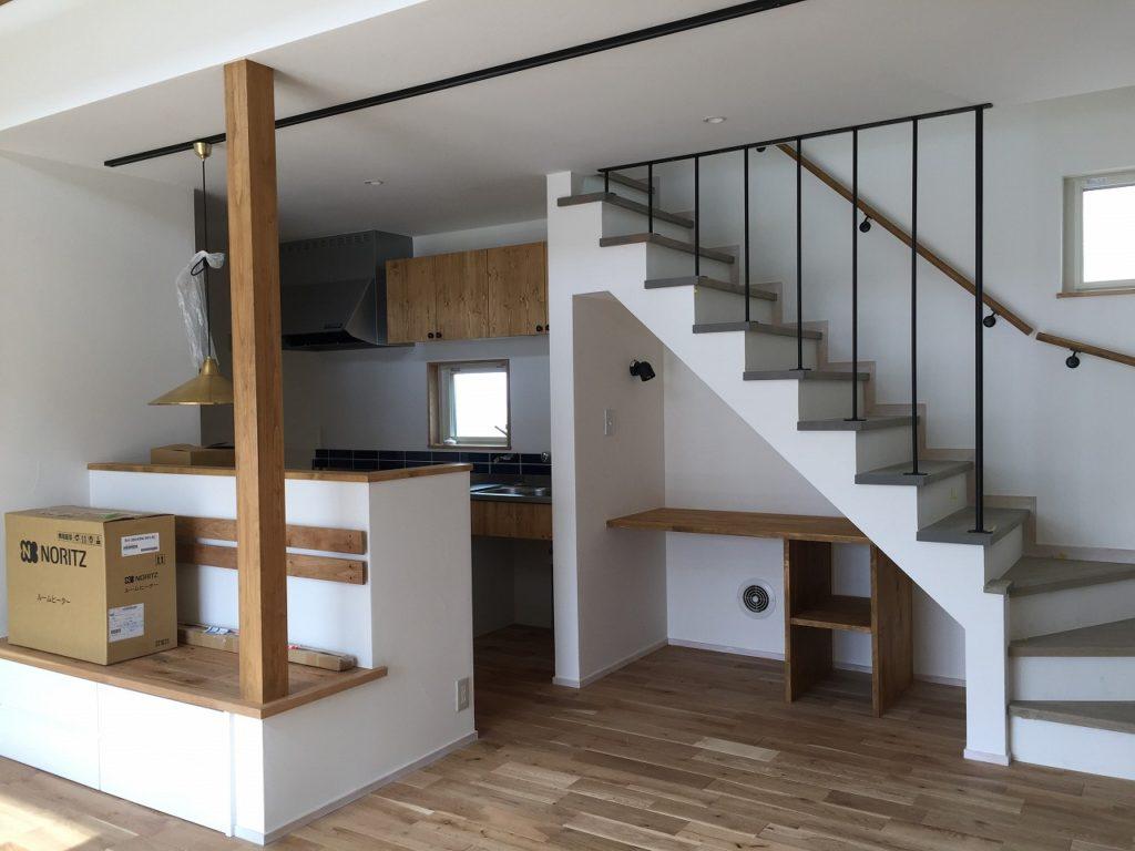 戸建/新築/神奈川県横浜市/レトロヴィンテージな家具とシンプル空間。遊びごころを大切にした暮らし