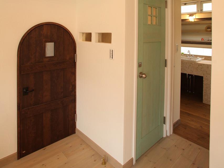 オリジナル内装ドア
