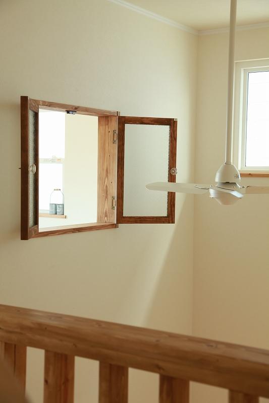 オリジナル窓(吹き抜け)