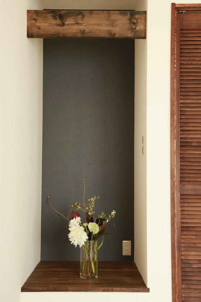 戸建/新築/神奈川県平塚市/古い建具や現しの梁。和風レトロな雰囲気を大切にしたファクトリー感のある暮らし